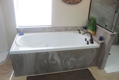Tub Surrounds and Skirts